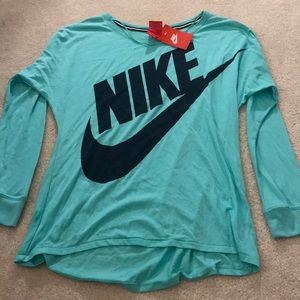 long sleeve- nike